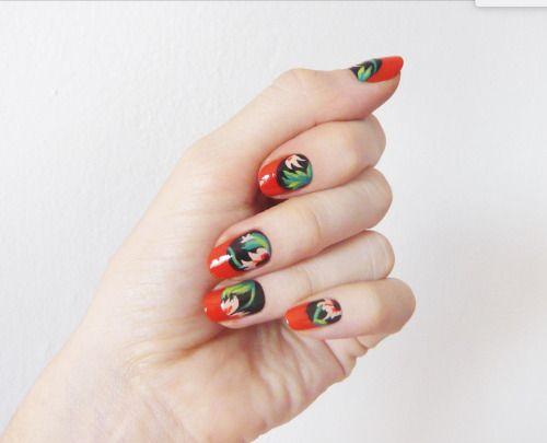 Madeline Poole Florals Manicure | Sally Hansen Canada