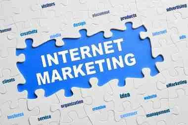 Il Web Marketing Immobiliare è il modo più sicuro, efficace ed economico di migliorare visibilità ed immagine sul Web della propria Agenzia Immobiliare.  Investire sul Web Marketing oppure continuare a spendere soldi con i tradizionali strumenti di promozione? Scopriamo la differenza confrontando i limiti dei vecchi metodi promozionali con le potenzialità di una valida strategia di Web Marketing Immobiliare. http://www.colnet.it/sito-web/web-marketing-immobiliare/8/