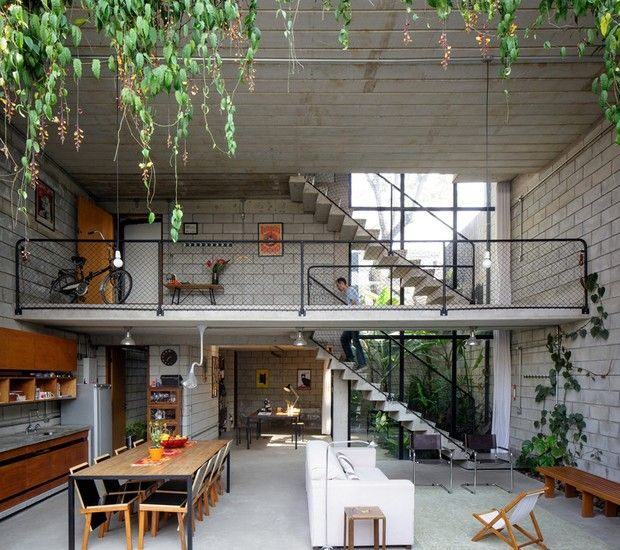 Mezaninos: 12 projetos de decoração com bom uso do espaço