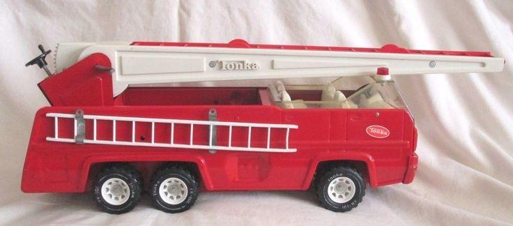 """TONKA FIRE TRUCK 13200 Fire Vehicle, 35"""" Extendable Ladder"""
