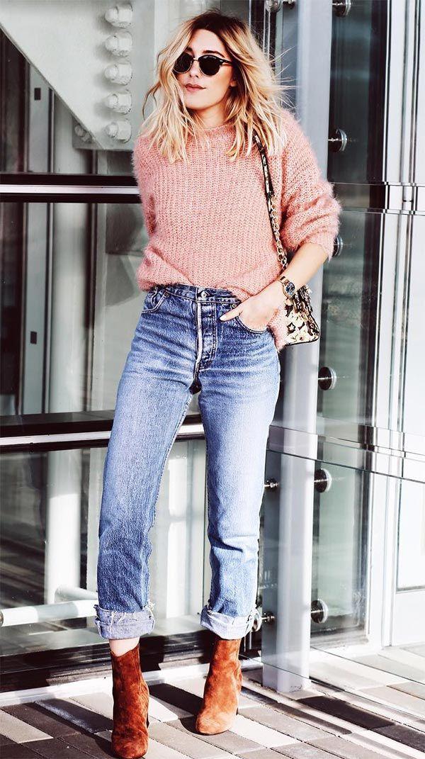Suéter por dentro da calça para uma pegada mais cool
