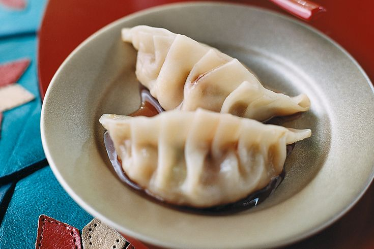 It is traditional to eat particular foods over the Chinese New Year festival. Make these juicy and flavoursome dumplings a part of your celebration banquet.