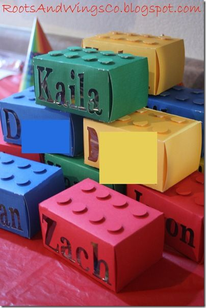 20 Lego Parties! I love this picture for my littles just learning how to read their names. I can cover kleenex boxes! #LegoDuploParty