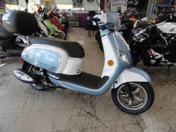 Check out this 2018 SYM Fiddle III 200i listing in Arlington Heights, IL 60004 on Cycletrader.com. It is a Scooter Motorcycle and is for sale at $2799.