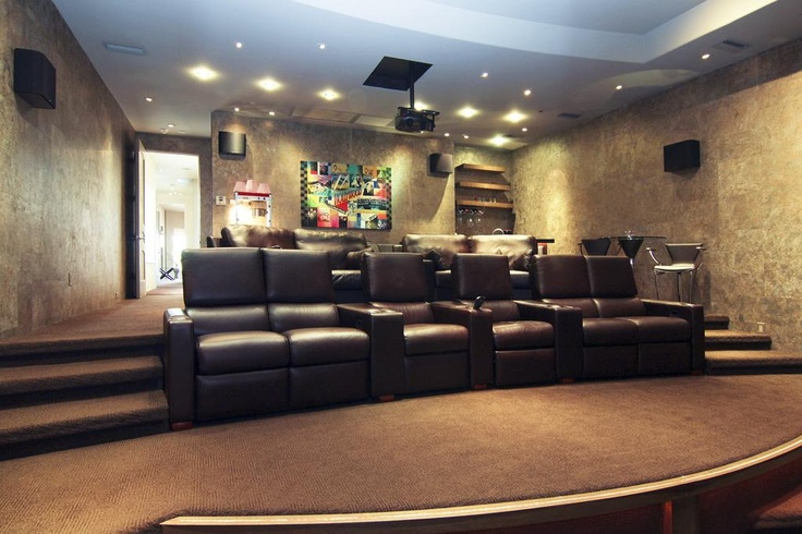Best 25+ Media room seating ideas on Pinterest | Theatre ...