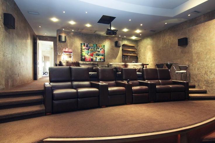 Best 25+ Media room seating ideas on Pinterest | Theatre ...