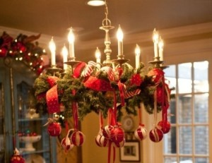 Christmas Decor – The Ultimate Top 10 List of Simple, Inexpensive DIYs to Beautify Your Home This Season!! - GREAT IDEAS and can be done for CHEAP!