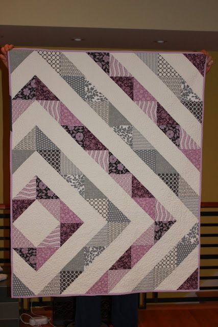 offset diamond baby quilt - easy, basic tutorial/instructions given, lovely!  Pieced back too! Love the colors!