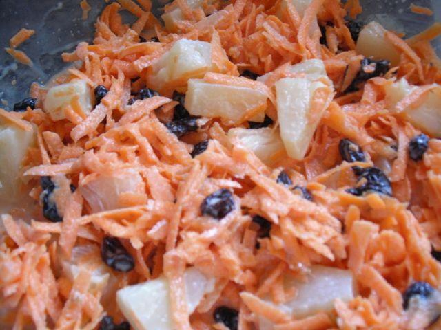 receta de ensalada de zanahoria con pasas   Postre de zanahoria, pasas y piña
