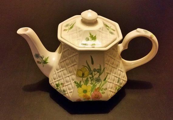 Sadler Teapot Vintage English China Floral by darcyelizavintage