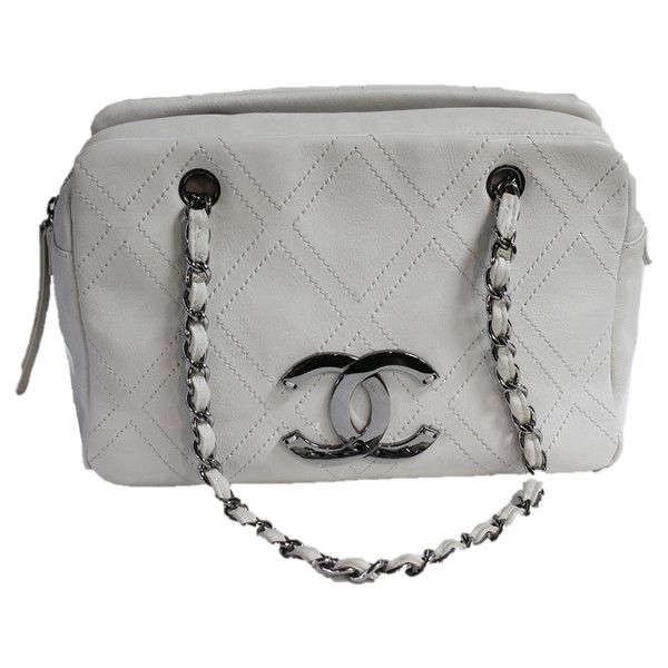 Pre-Owned Chanel Eggshell White Diamond Stitched Silver Cc Shoulder... ($1,280) ❤ liked on Polyvore featuring bags, handbags, shoulder bags, white, white handbags, shoulder bag purse, chanel, shoulder handbags and silver shoulder bag