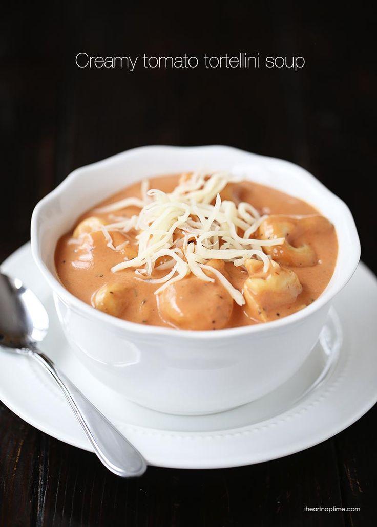 This creamy tomato tortellini soup