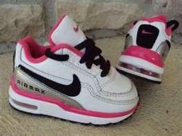 Baby Nike !
