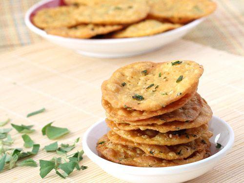 Methi Puri - Wheat Flour based Deep Fried Crispy Puri - Fresh Fenugreek Leaves and Sesame Seeds Flavored Indian Snack - Diwali Nasta - Step by Step Recipe