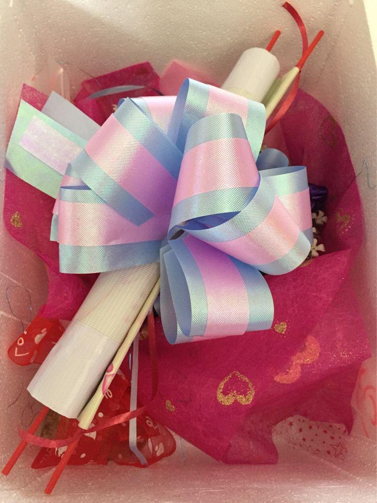 Alhamdulillah, dah siap membungkus 'surprise' untuk petang ini di Tanjung Emas, Muar. Siapalah yg bertuah tu ya!  #heliumballoon #singgahshops #foilballoon #balloonservicesegamat #surpriseplanner