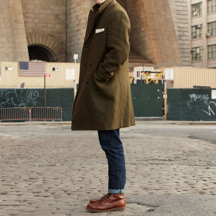 this color coat. with boots.