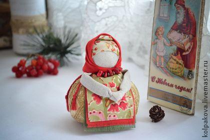 "Народные куклы ручной работы. Ярмарка Мастеров - ручная работа кукла-оберег Благополучница ""Зимняя ягодка"".. Handmade."