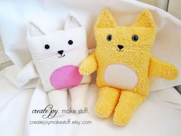Simple Cat Sewing Pattern - PDF printable - DIY - Tutorial, Easy, cloth, kitten, plush, plushie, softie, doll, stuffed, soft, toy, baby. $8.00, via Etsy.