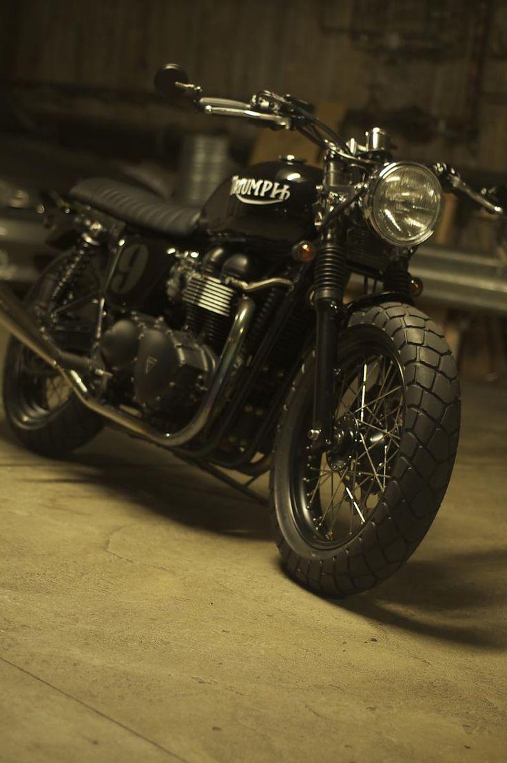 Triumph Bonneville #motorcycle #motorbike