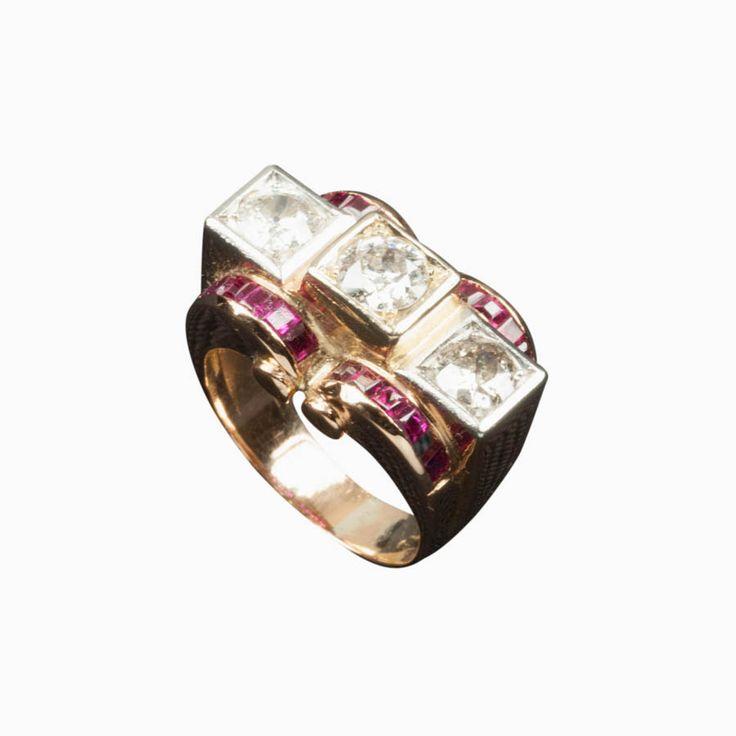 Anello Déco con Rubini e Diamanti  #ring #jewellery #luxuryjewels #design #artdeco #shoppingonline #archiviostore