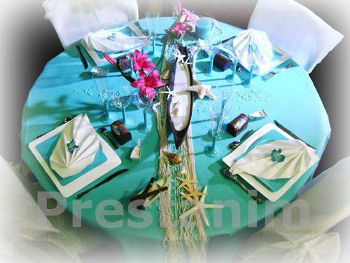 décoration de mariage : table des iles mer turquoise blanc