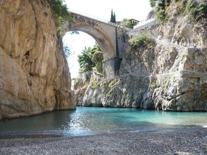 Фуроре. Амальфитанское побережье Италии.