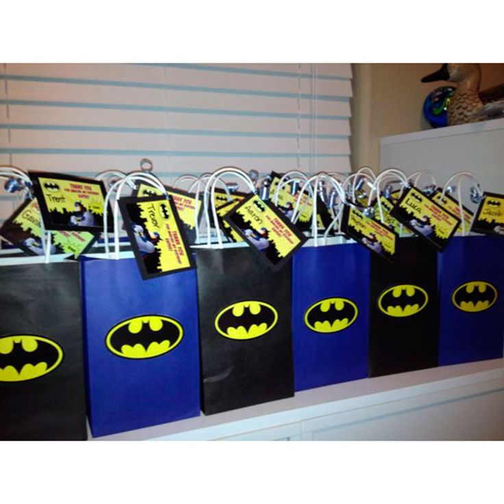 Os meninos amam festa do Batman, por isso, selecionei várias ideias para você se inspirar com 50 incríveis ideias para festa infantil do seu filho.