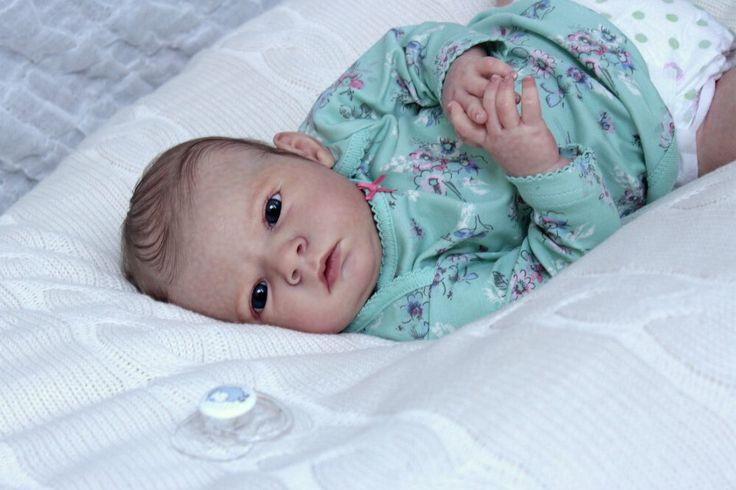 Фото представлено для примера. Куколка сделана из винила. Срок изготовления 2-3 недели.