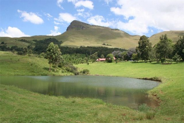 Old Furth Estate in Dargle nestled at the foot of the Nhlosane Mountain. Stunning self-catering lodge for 4 people. Peace and tranquility close to Midlands Meander. On the Estate you can go walking, hiking, mountain-biking, try archery, river fishing or go on a picnic.