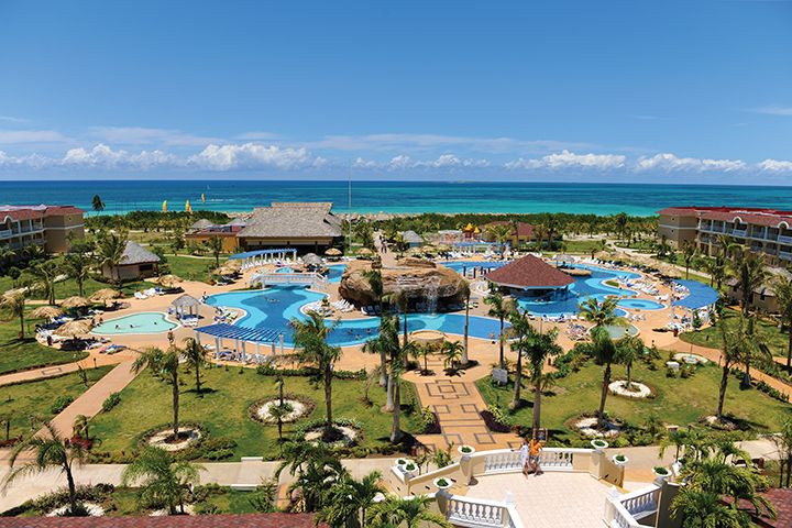 Congratulations to the winner of the 2013 CNE Fun in the Sun Contest: Patti Abrahamson! The winner and her guest are in the process of planning their seven-night, all-inclusive trip to Iberostar Laguna Azul in Varadero, Cuba! Thanks to everyone who entered and a big THANK YOU to our contest sponsor, Transat Holidays!