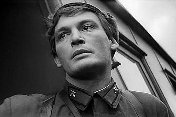 Василий Лановой - «Советский экран» фильм «Офицеры»