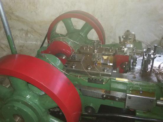 M6 X 50 JP Make 1 Die 2 Blow Header Machine For More Details Visit : - http://www.machinebazzar.com/products/detail/id:7239 #headermachine #jpmake