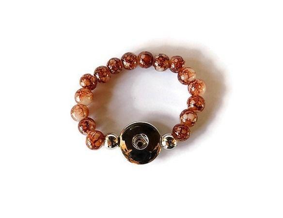 bracelet support boutons snaps enfant mélange marron blanc perle de verre B037 : Supports Bracelets par mamiechantal-screations