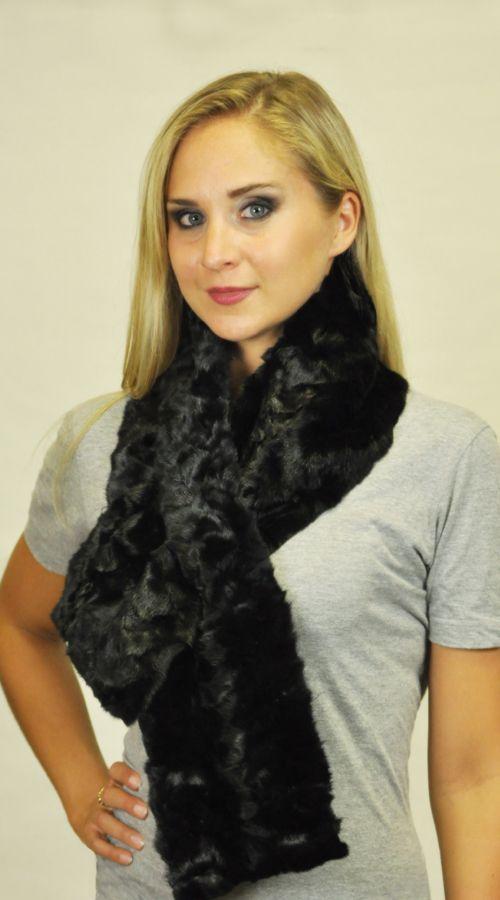 Sciarpe in ritagli visone nero. http://www.amifur.com