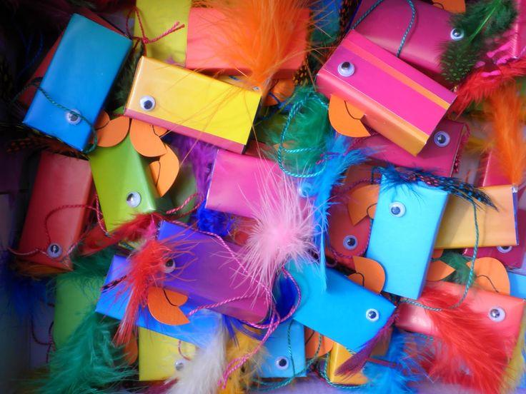 Marlies Makes - Traktatie papegaai