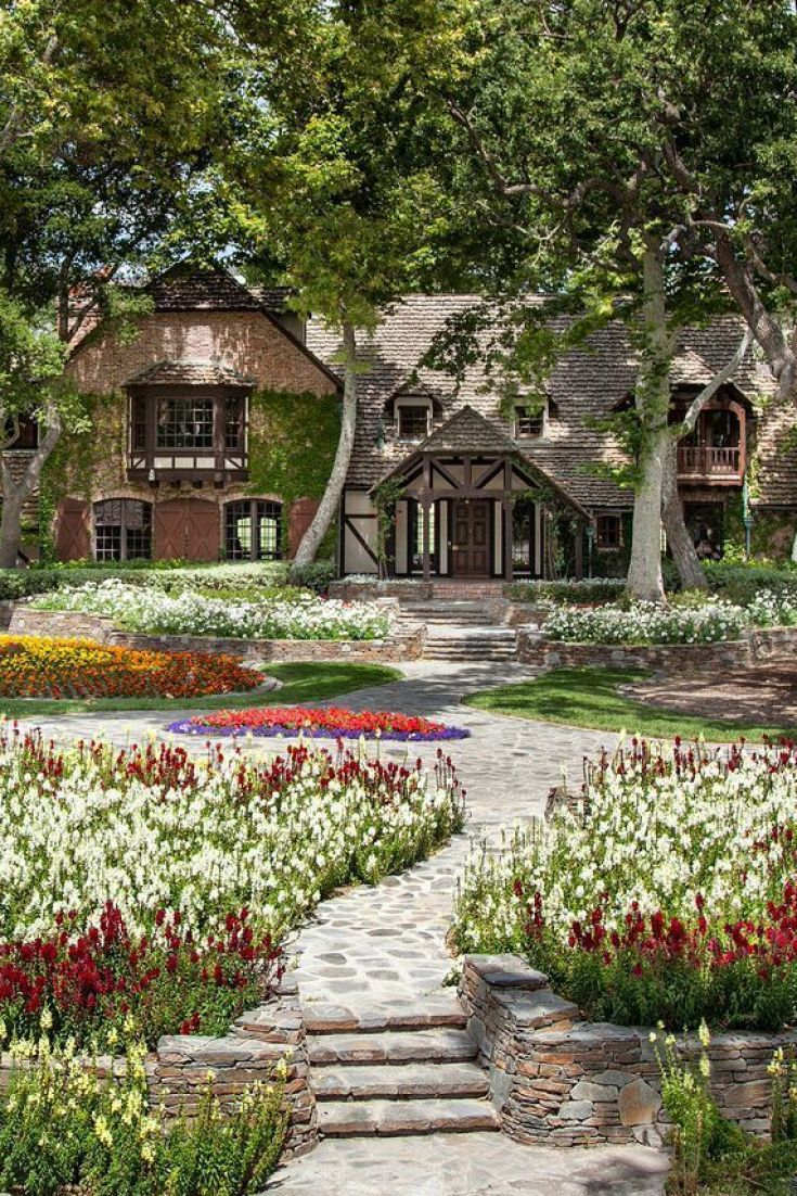 Michael Jackson's Neverland Ranch Hits The Market For $100 Million