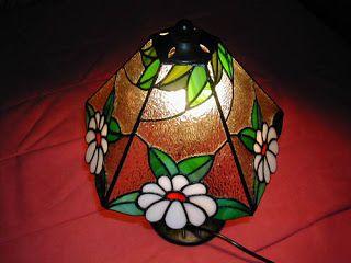 Planeta Tiffany: lámparas de mesa                                                                                                                                                      Más