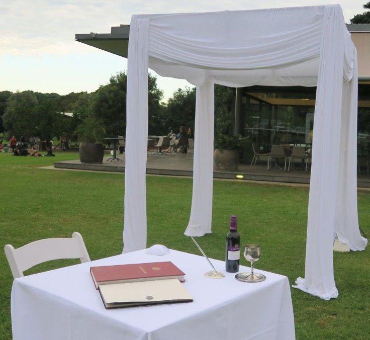 wedding ceremony Centennial park, Sydney