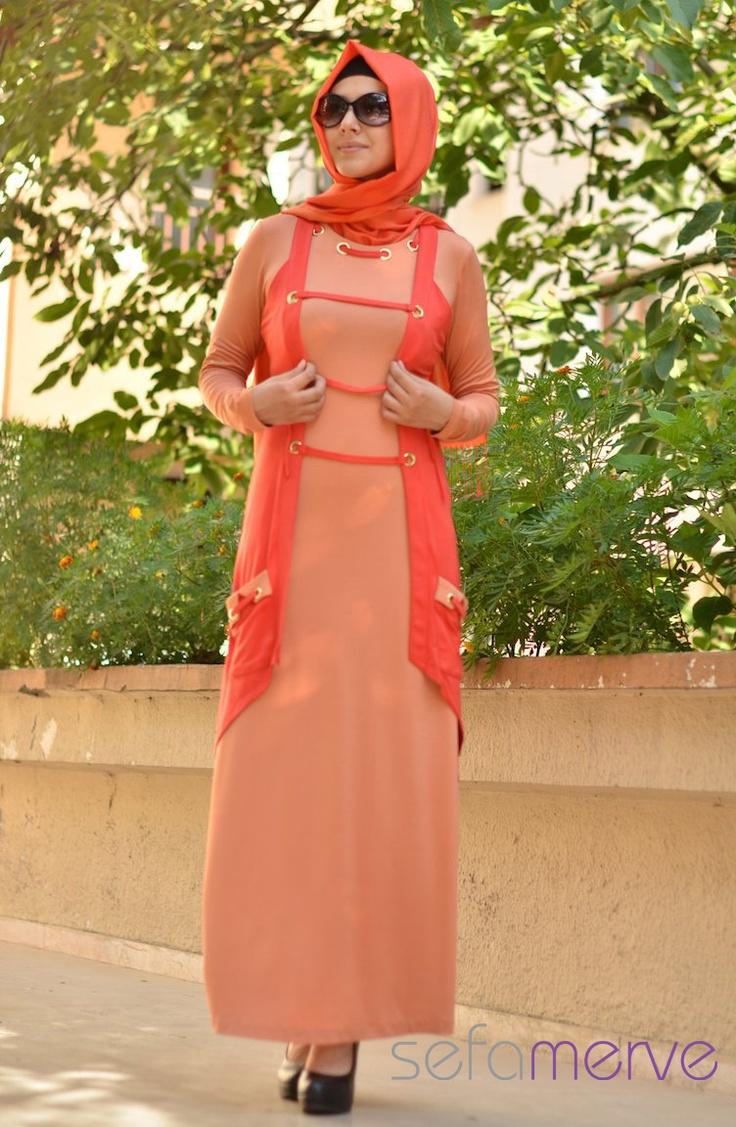 Rabina Abiye Elbise 1126001-05 Somon. Penye Kumastan imal Edilmiştir ve çok hafiftir. Düğün ve bayramlarda kullanabileceğiniz şık bir o kadarda rahat elbiseler.