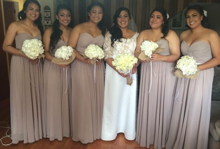 Thank you Jordan for sharing this shot of your bridesmaids all dressed in mocha BM600. They look so happy and beautiful as do you!!