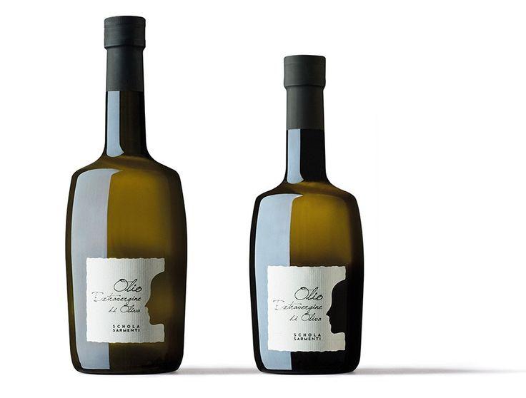 Progetto grafico etichetta olio azienda scholasarmenti. Design: damianomisciali.it
