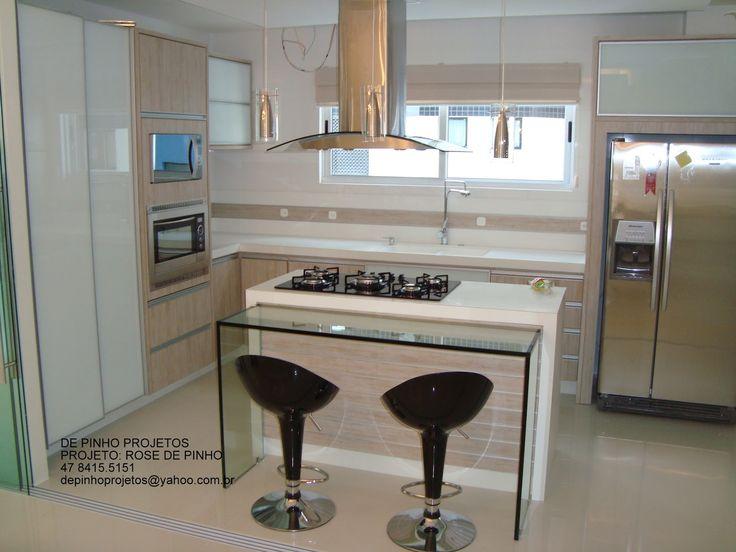 Meu Palácio de 64m²: Cozinha com ilha central