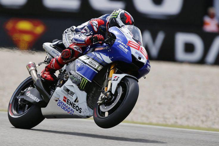 GP Alemania: Lorenzo comienza mandando en Sachsenring - http://www.mundodeportivo.com/20130712/motor/motociclismo/gp-alemania/jorge-lorenzo-gp-alemania-sachsenring-entrenamientos-libres_54376738408.html
