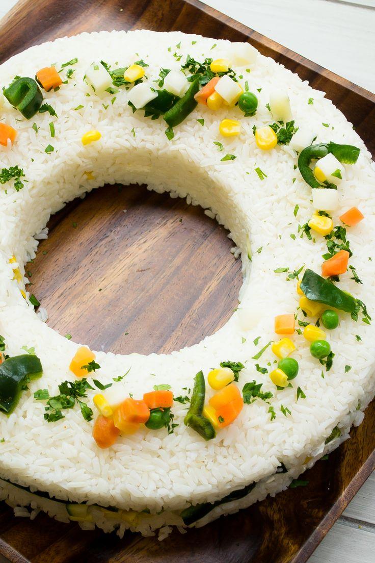 Una receta muy mexicana, te recomiendo que prepares esta receta de arroz blanco lleno de verduras y queso crema, te encantará y asombrarás a tus invitados.