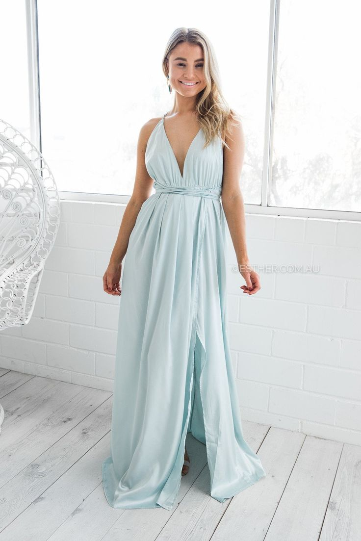 fit:   standard sizing, relaxed style, light weight fabric, unlined, halter neckline, plunged neckline, open back, side slit, pull on style colour:   teal fabric:   100% polyester length:   approx. 117cm from waist to hemline our model is 163cm tall and is pictured in a size 8/S