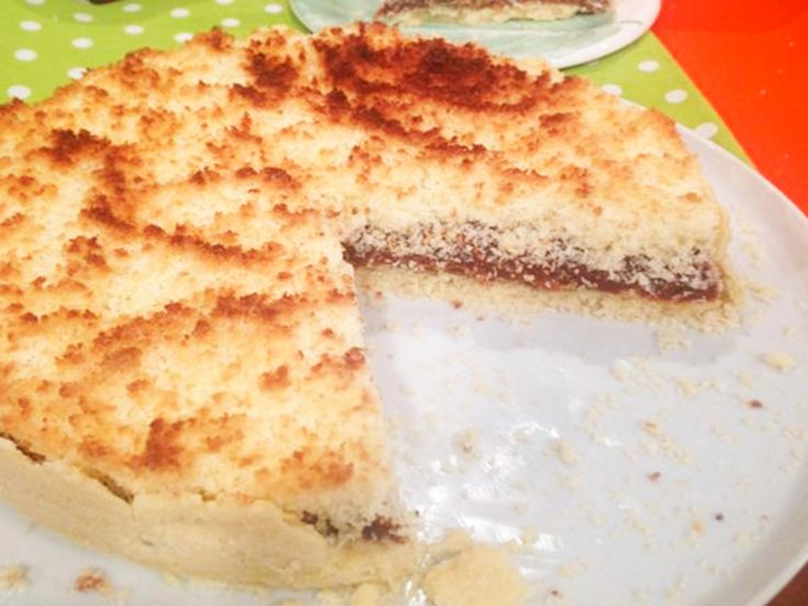 Receta: Cocineros argentinos / Tarta fácil de coco y dulce de leche