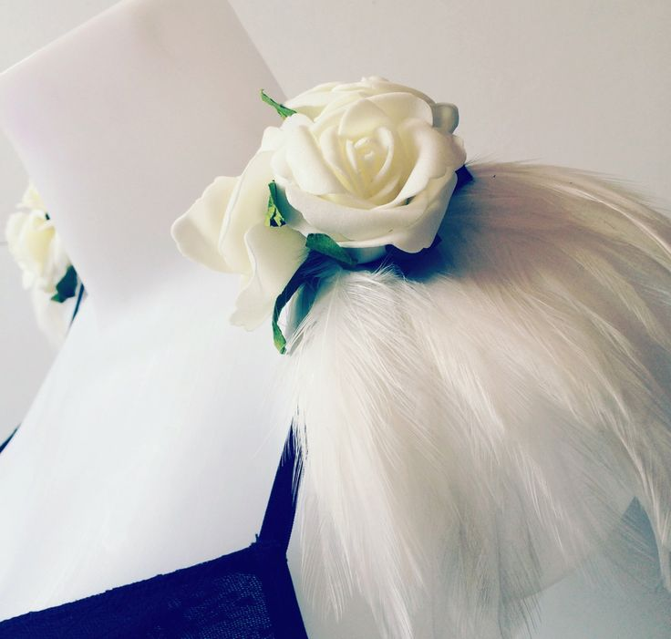 Ivory feather and rose epaulettes, feather epauelettes, feather and flower shoulder pieces, floral shoulder pieces, clip on epaulettes by feathersandthreaduk on Etsy