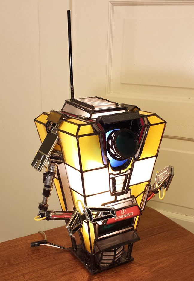 NEED: Look at this Borderlands Claptrap lamp!