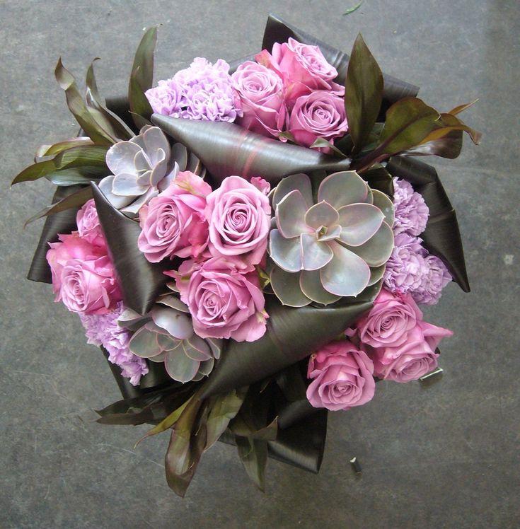 http://52weeks52flowers.com/wp-content/uploads/2010/06/JanePackerClass01.jpg