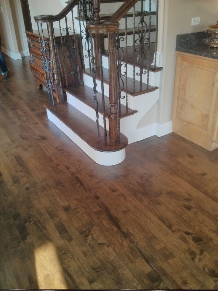Chicago Flooring Contractor Specialized In Maple Wood Installation Sanding Finishing Staining Color Matching